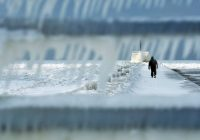 Major winter storm continues to pound Midwest