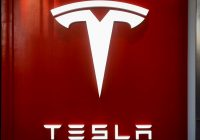 Numbers starting to add up for Tesla trucks: DHL executive