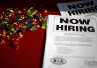 US jobless claims drop to near 45-year low