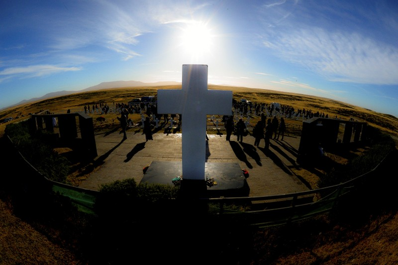 Relatives of Argentine soldiers who died during the Falklands War visit Darwin cemetery