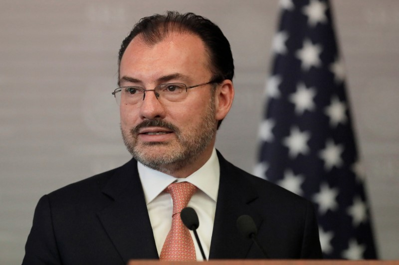 FILE PHOTO: Mexico's Foreign Ministrer Luis Videgaray delivers a joint message with U.S. Homeland Security Secretary Kirstjen Nielsen in Mexico City