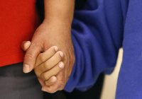 Immigrant children in custody at border will be reunited with families by end of day