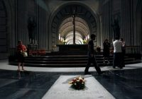 Spain's government to remove Franco's remains from mausoleum