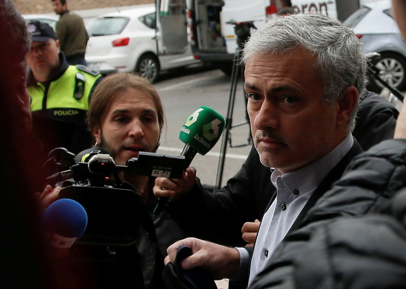 FILE PHOTO: Manchester United manager Jose Mourinho arrives at court to testify on tax fraud charges in Pozuelo de Alarcon, near Madrid