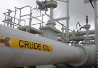 Oil steady, supported by US stocks and supply concerns