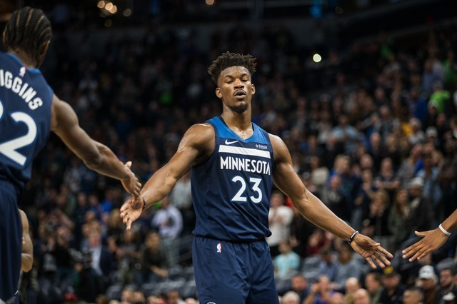 FILE PHOTO: NBA: Cleveland Cavaliers at Minnesota Timberwolves