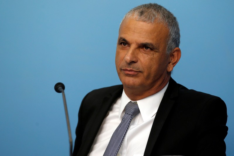FILE PHOTO: Israeli Finance Minister Moshe Kahlon attends a news conference with Prime Minister Benjamin Netanyahu announcing the appointment of the new Bank of Israel Governor, in Jerusalem