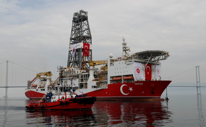 FILE PHOTO: Turkish drilling vessel Yavuz sets sail in Izmit Bay, on its way to the Mediterranean Sea, off the port of Dilovasi