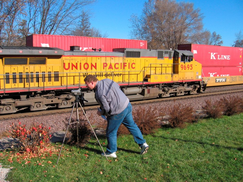 FILE PHOTO: FILE PHOTO - Wayne Davis films a passing Union Pacific train in Rochelle Illinois