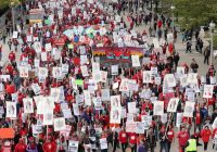 Chicago teachers strike enters its 2nd day