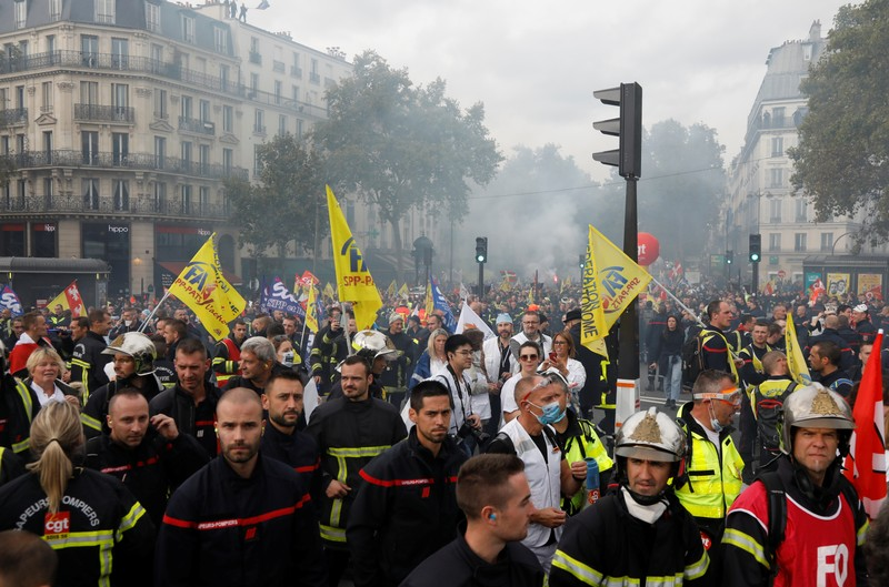 French firefighters demonstrate during a national protest to urge the government to improve working conditions, in Paris
