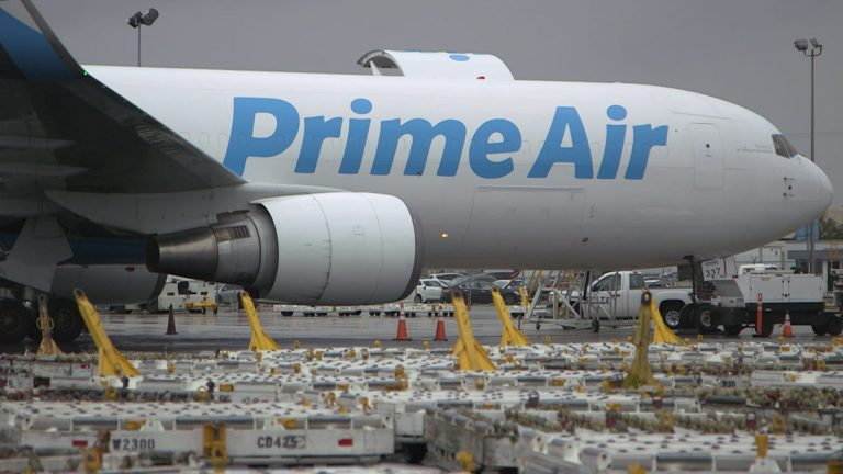 'They just turn a blind eye': Amazon Air contractors face safety risks as new coronavirus outbreaks emerge