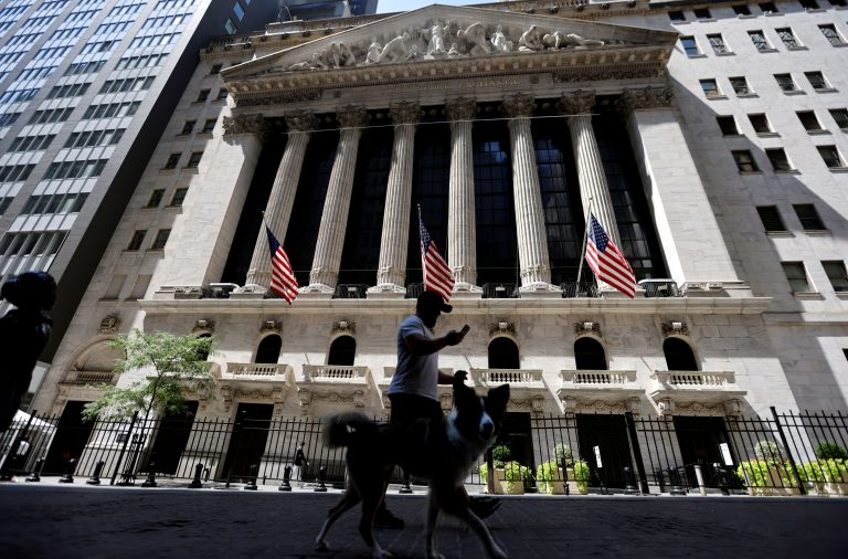 Dow futures fall more than 150 points as U.S. coronavirus cases hit record high