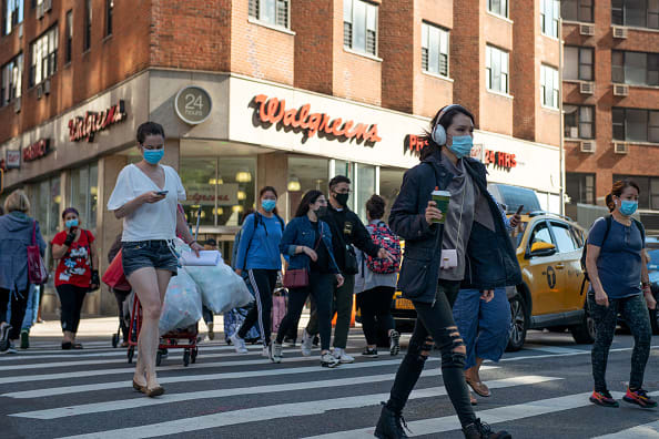 Universal mask wearing could save almost 130,000 lives from coronavirus, epidemiologist says