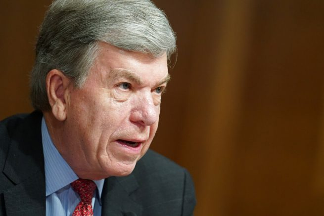 Sen. Roy Blunt urges President Trump to focus on midterm elections