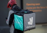 Uber reportedly in talks to buy food delivery firm Deliveroo
