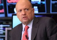 Jim Cramer on Netflix earnings: CEO Reed Hastings is a 'miracle worker'