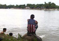 Migrants re-form caravan in Mexico, vowing to reach U.S.