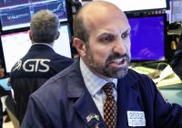Cramer: Investors are holding out hope for a trade deal — that's why the market hasn't bottomed yet