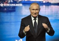 Putin rebuffs call by Japan's Abe to sign World War Two peace treaty