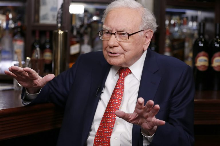 Buffett talks investing, takeovers and 'Dancing with the Stars' in letter — here are highlights