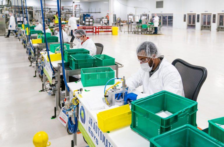 Coronavirus live updates: GM to produce 30,000 ventilators, US cases top 400,000