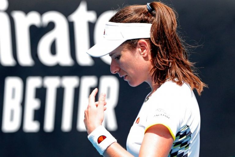 Konta in good spirits day after health scare at Top Seed Open