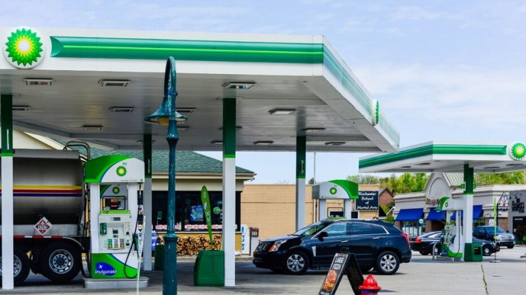 Groceries prove a pandemic bright spot for BP and Shell