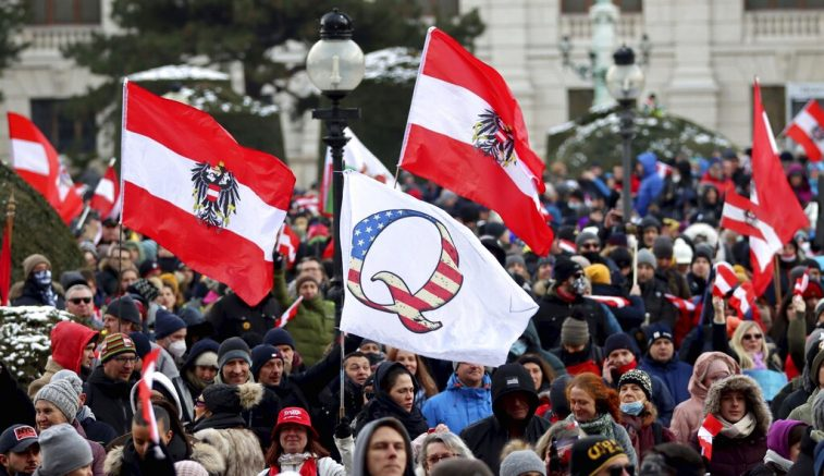 Thousands protest against lockdown measures in Vienna