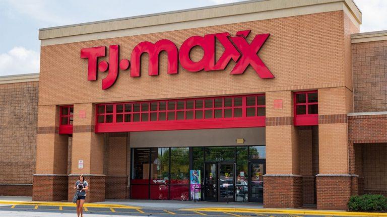 TJ Maxx parent misses estimates as lockdowns cut sales by $1B