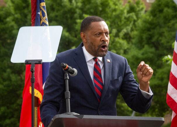 Fmr. Ga. state Rep. Vernon Jones launches bid for governor