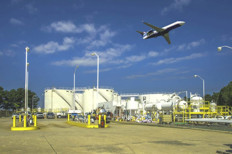Pipeline outage forces airlines to find other ways of getting fuel