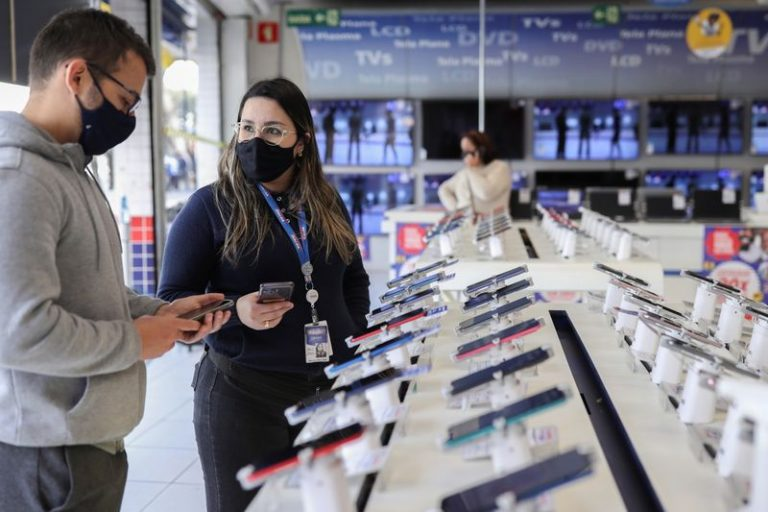 Brazil retailers hunt for M&A deals to compete for e-commerce dominance