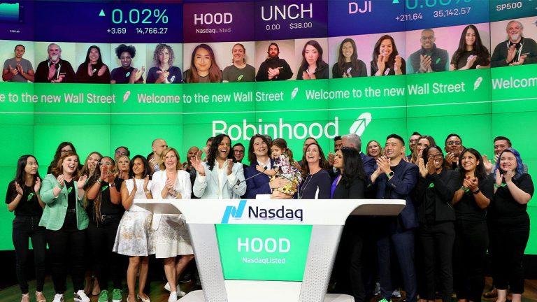 Robinhood stock rallies in IPO rebound