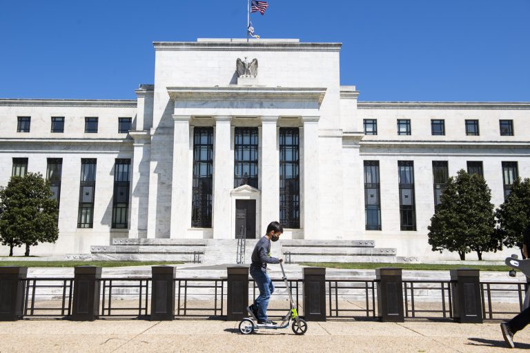 The Fed likely will wait until November for taper announcement, CNBC survey indicates